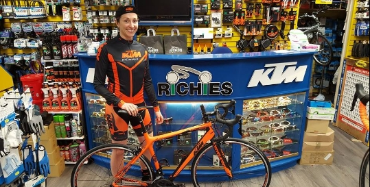 Richies Bike Store Genius App Fading Image 2