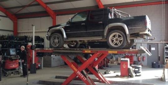 Ashbourne Automotive Services Genius App Fading Image 3