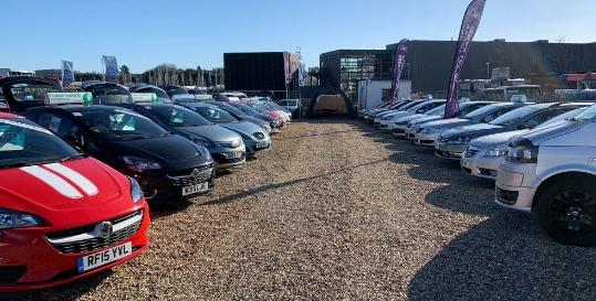 J & I Car Sales Genius App Fading Image 4
