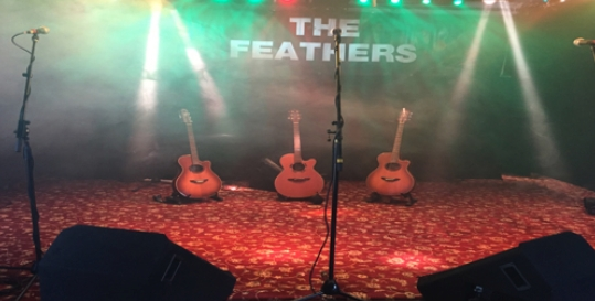 The Feathers Inn Genius App Fading Image 4